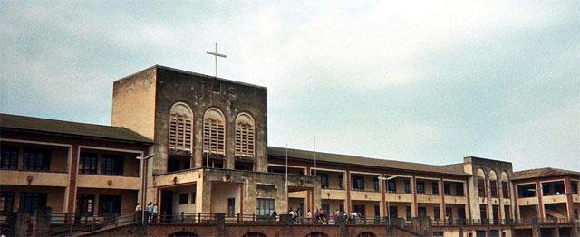 Een college in Oost-Congo 1