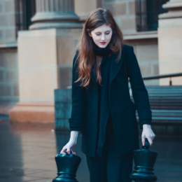 Vrouw met schaakstukken, Ruusbroec en Ignatius over Contemplatie én actie