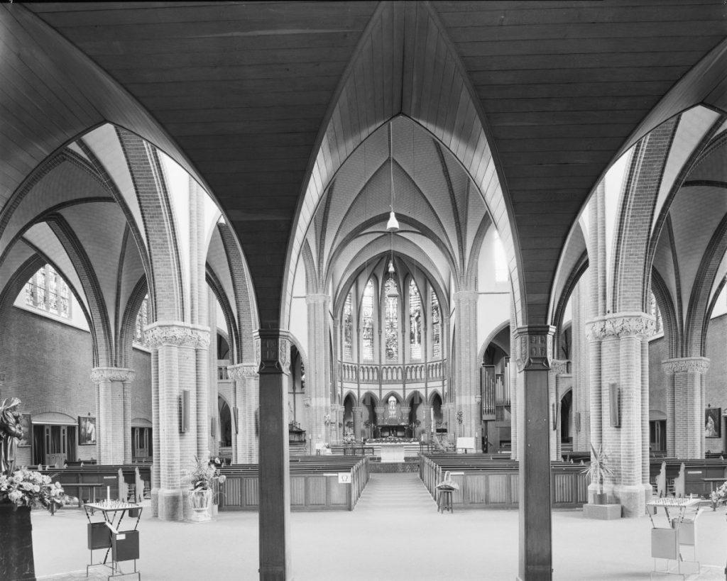 Deze kerk bestaat honderd jaar en dat is reden voor een feestje (en voor hoop) 2