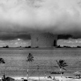 'Help de kernwapens de wereld uit, om te beginnen uit Nederland' 1